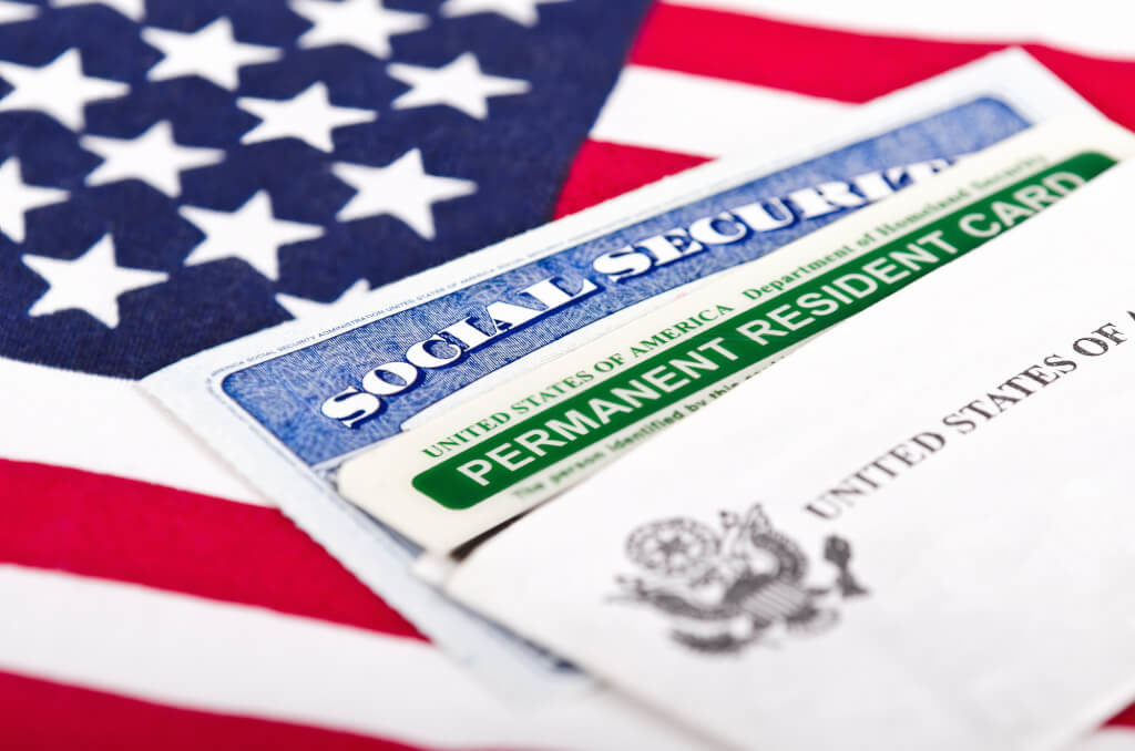 Green Card и Social Security Number